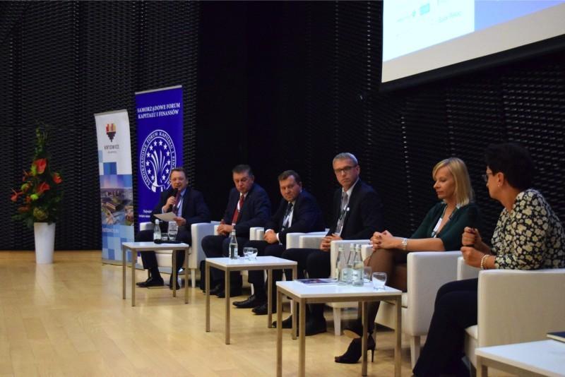 XVI Forum Kapitału i Finansów w Katowicach (prezentacja dot. zmian w zakresie limitacji zadłużenia)